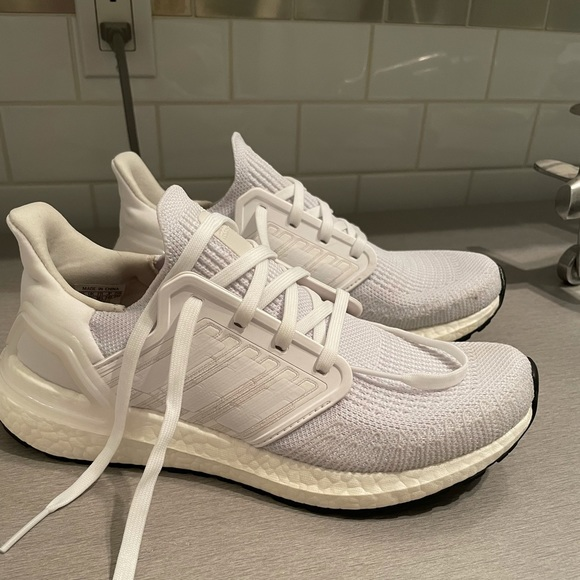 Adidas ultra boost triple white size 7